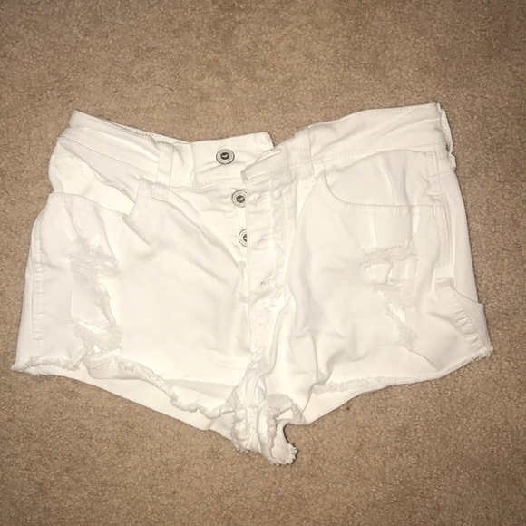 Hollister Pants - White summer shorts
